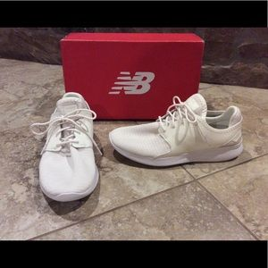 NEW women size 8 WIDE New Balance running shoes